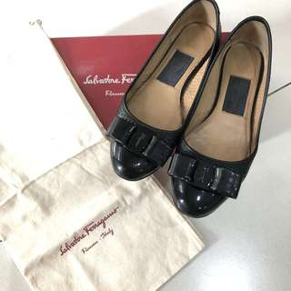 Authentic Salvatore Ferragamo varina cut leather