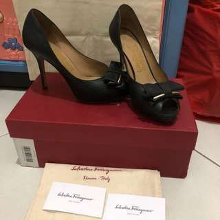 Authentic Salvatore Ferragamo rossella heels
