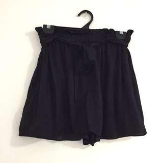 Sportsgirl Black Flowy Comfy Shorts