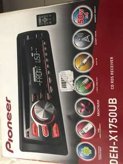 Pioneer head unit for SALE !