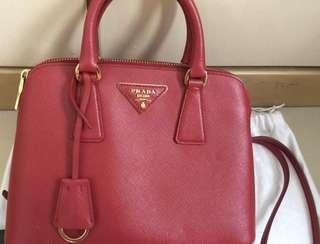 Prada 紅色皮革手袋(95% new )