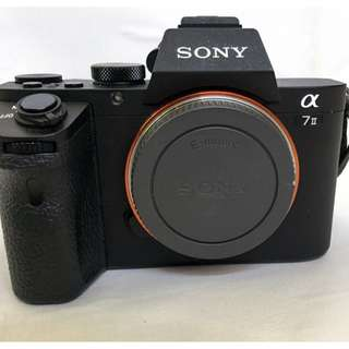 SONY A7II BODY + L BRACKET + 2 EXTRA BATTERY AT RM4000 ONLY