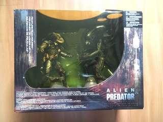 Alien & Predator Movie Maniacs 5 (Spawn) Box Set