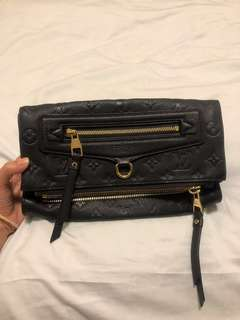 Used LV petillante clutch