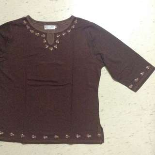 Plus size top brown