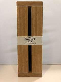 Glenlivet XXV Whisky 格蘭利威25年威士忌木盒