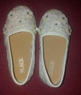 Children's Place Shoes size 7
