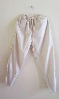 Celana Santai