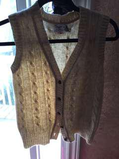 100% Pure Wool Cream Vest M