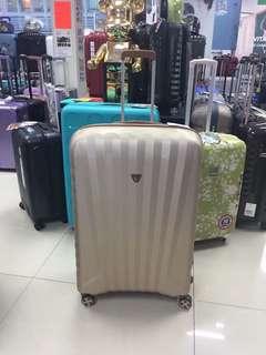 阿豪 意大利品牌 意大利製造 RONCATO 殿堂級 29吋 真皮手柄 限量版 行李箱 只此一個