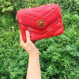 (SOLD)Chanel Vintage 紅色羊皮V紋 Mini Flap 18cm