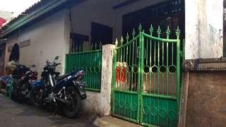 Dijual (BU)  Rumah Strategis di Cengkareng Timur