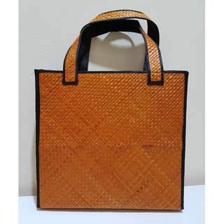 HANDMADE HANDBAG (ORANGE COLOUR)