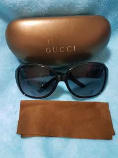 Authentic 💯 Gucci shades