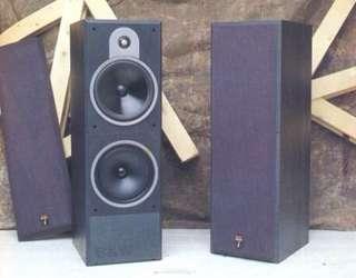 B&W DM620 Floor Standing Speakers