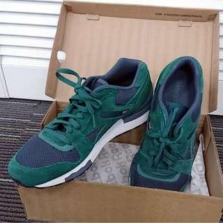 95% NEW Reebok Classic GL6000 復古系列運動鞋