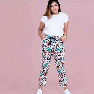 ✔ HTP floral print pocket trouser