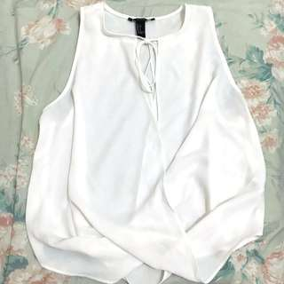 AVAILABLE! F21 top