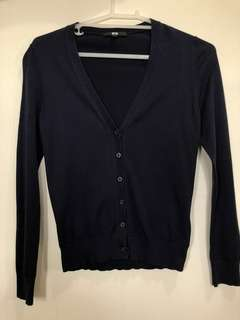[UNIQLO] Navy blue cardigan small