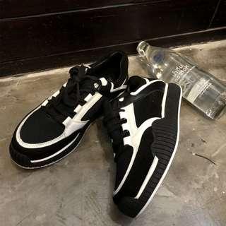 VM 2018新款港風 潮流 簡約黑白拼色 時尚街拍 磨砂反絨皮 休閒運動球鞋厚底球鞋