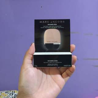 Marc Jacobs Shameless Foundation
