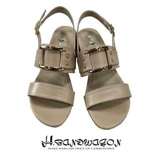 【H.BANDWAGON】歐美個性圓釘方環皮帶釦繫踝一字低跟涼鞋