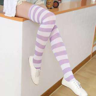 🦄 purple-white socks
