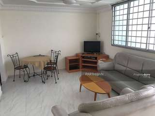 Blk349 near Bt Gombak MRT 3+1 for rent