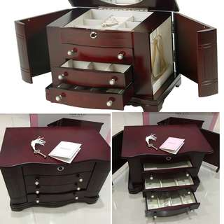 Auth💯 Mele& Co Real Mahogany Jewerly Organizer in Pearl Pull Drawer ( Retails at 15k)