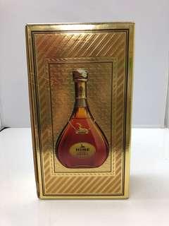 June Cognac Extra 御鹿干邑吉盒一個