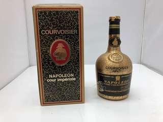 Courvoisier Napoleon 拿破崙金樽干邑 吉樽連盒