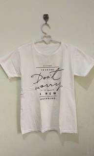 Kaos Tumblr Putih Wanita