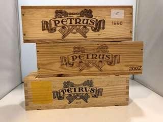 Petrus 1996,2002,2013 單支裝木箱 (共3個)