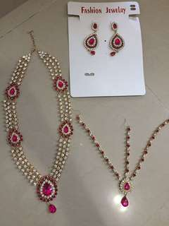 Heavy pink bridal Necklace with maang tikka