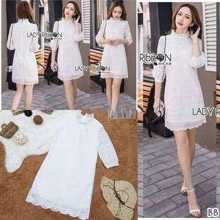 White lace dress ; f@