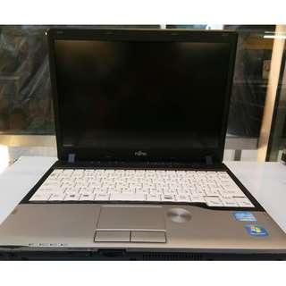 Fujitsu core i5 3rd gen 4 gb 320 gb hdd