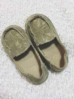 Boys Canvas Slip-on Shoes