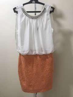 Short dress with pearl neckline