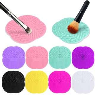 🚚 Make Up Brush Cleansing Pad