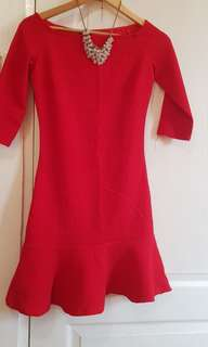 Suite blanco red dress