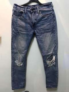 一件不留只要500!Levi's刷色破壞牛仔褲👖