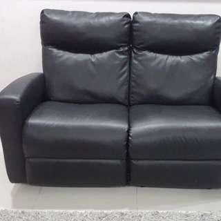 2 seater black leather recliner sofa