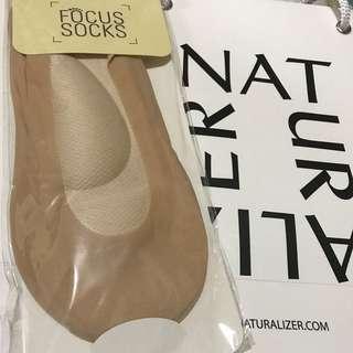 Naturalizer foot socks