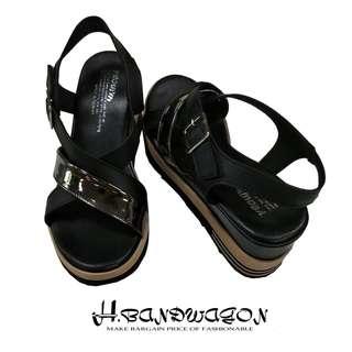 【H.BANDWAGON】質感個性交叉漆皮拼接魔鬼氈繫踝厚底涼鞋