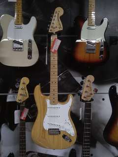 Kredit Gitar Fender Cuma Bayar Admin Saja Rp. 200 Ribu