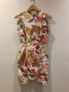 Scaraveo dress