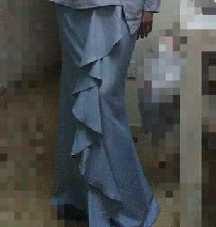 Ruffle skirt in Light Grey