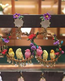 Les Nereides love birds earrings