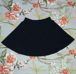 🍈 h&m skirt!! [black]