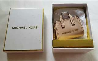 ❤❤❤ 🌻Michael Kors Selma Key Fob 🌻 Bought in US Outlet Store 🔥SALE